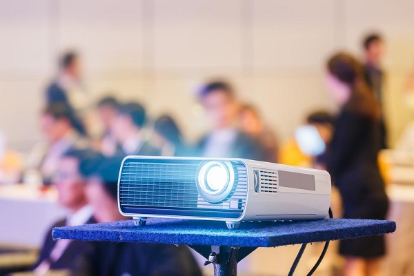 Built-in Projectors - Mobile Phone Technologies